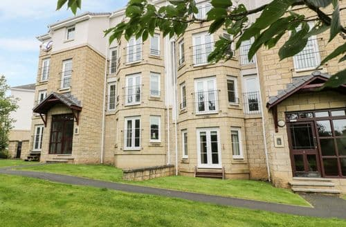 Last Minute Cottages - Quaint Tweedbank Apartment S85247