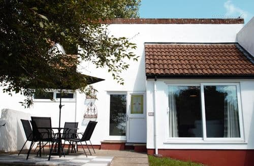 Last Minute Cottages - Manorcombe 13