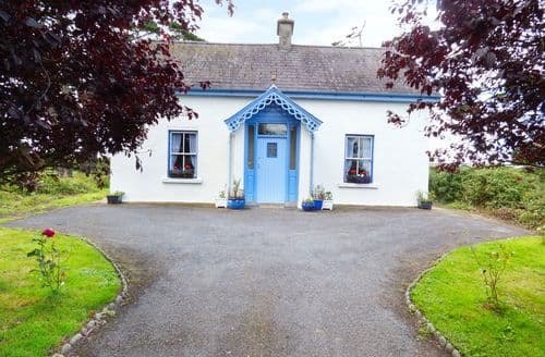 Last Minute Cottages - Attractive  Cottage S86033