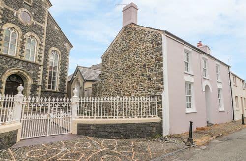 Last Minute Cottages - Luxury Aberaeron Cottage S113395