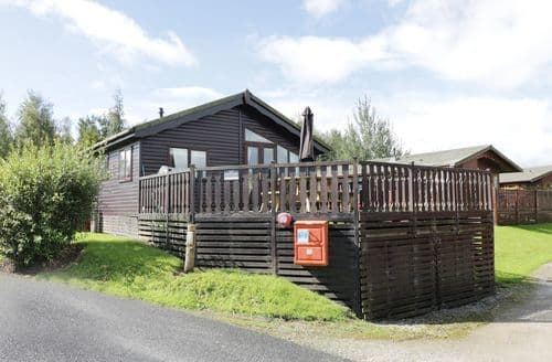 Last Minute Cottages - Lakeside 26