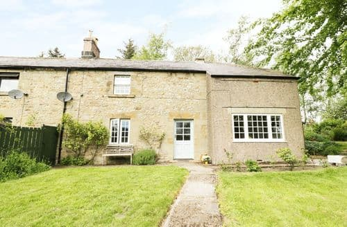 Last Minute Cottages - Attractive Bellingham Cottage S101104