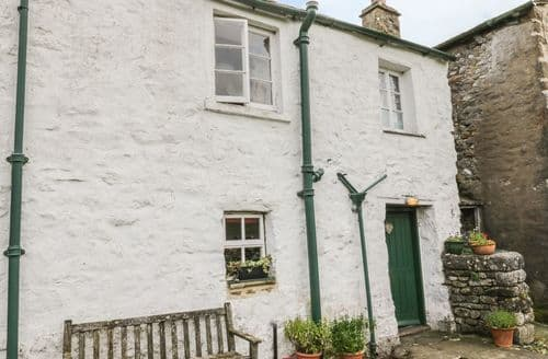 Dog Friendly Cottages - West View