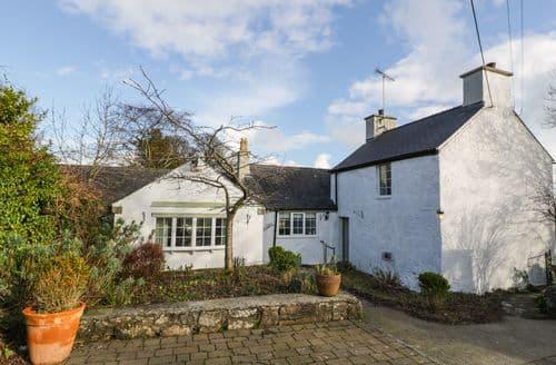 Big Cottages - Exquisite Dulas Cottage S93997