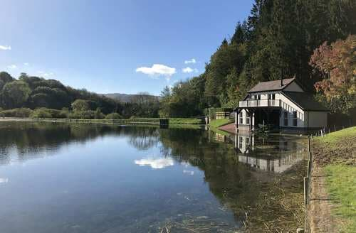 Last Minute Cottages - The Boathouse at The Fisheries