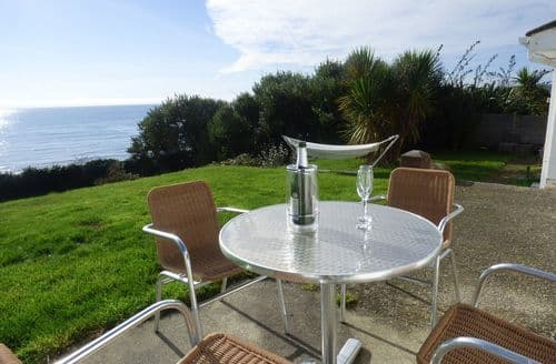 Last Minute Cottages - Exquisite Seaton Cottage S87876