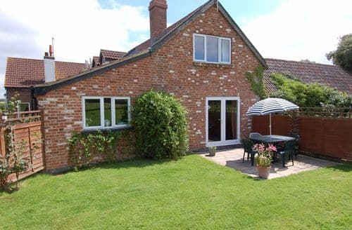 Last Minute Cottages - Exquisite Whimple Cottage S86303