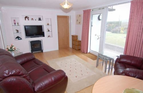 Last Minute Cottages - Charming Kingskerswell Apartment S85875