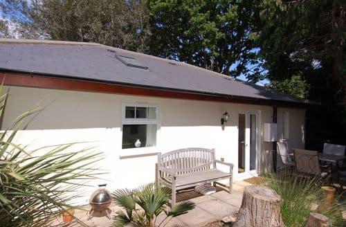 Last Minute Cottages - Lockwood
