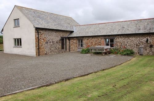 Last Minute Cottages - Widehay Barn