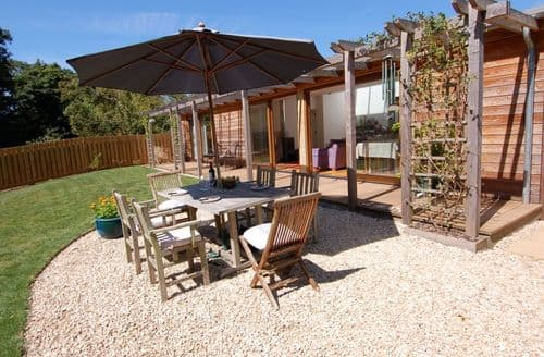 Last Minute Cottages - Orchard Retreat