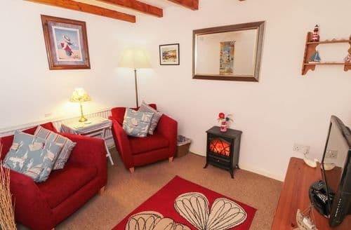 Last Minute Cottages - The Old Cottage