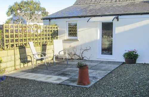 Last Minute Cottages - Stunning Dinas Cottage S97715