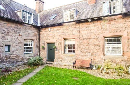 Last Minute Cottages - Adorable Chillingham Cottage S87970