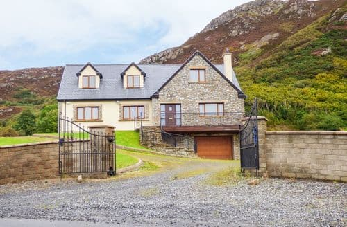Last Minute Cottages - Mulroy View
