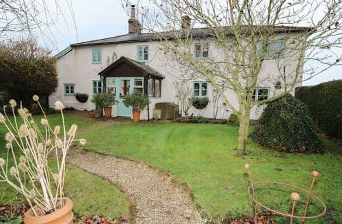 Last Minute Cottages - Quaint Bottlesford Cottage S90088