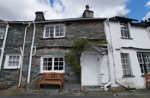 Last Minute Cottages - Wonderful Chapel Stile Cottage S86890