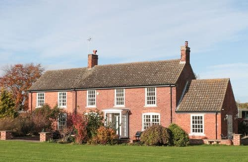 Last Minute Cottages - Spinney's Edge at Clumber Lane End Farm