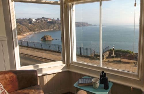 Last Minute Cottages - Stunning Tenby Cottage S94896