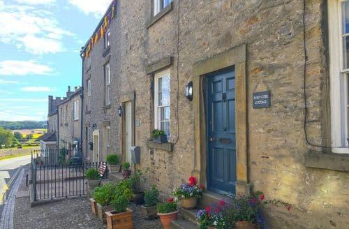 Last Minute Cottages - Charming Middleham Cottage S104910