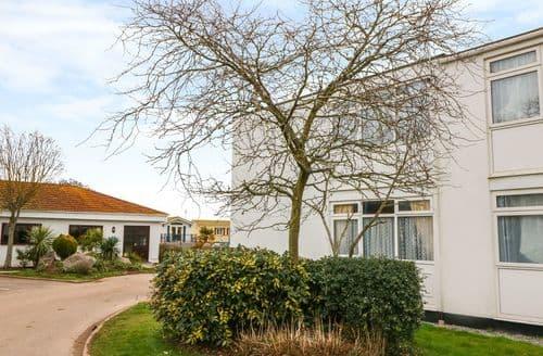 Last Minute Cottages - Tasteful Dawlish Warren Cottage S96511
