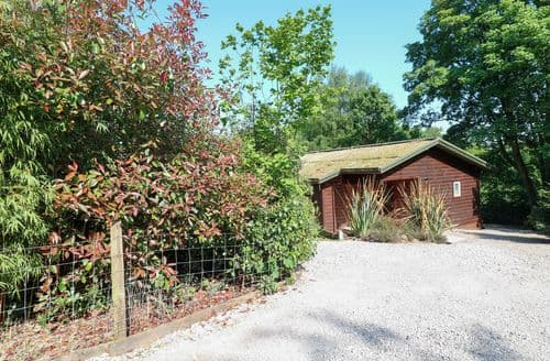 Last Minute Cottages - Kipling Lodge