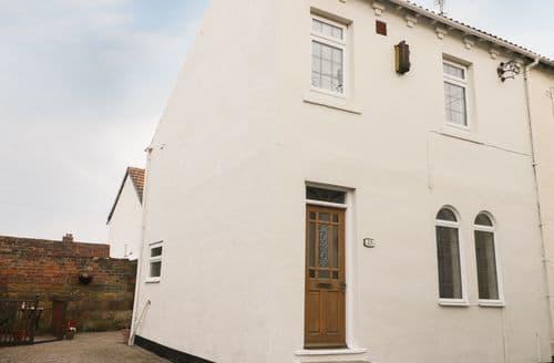Last Minute Cottages - Quaint Redcar Cottage S97045