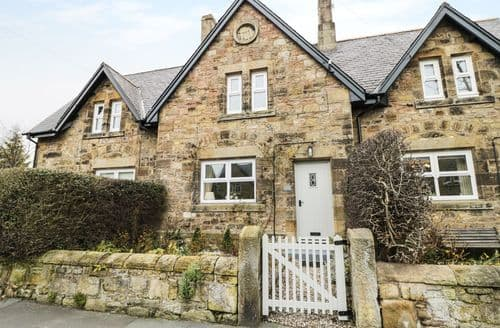 Last Minute Cottages - Inviting Lesbury Cottage S97301