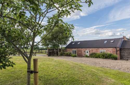 Last Minute Cottages - Barnfields Holiday Cottage