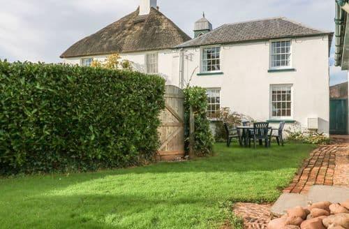 Last Minute Cottages - Travershes Cottage