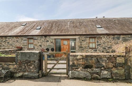 Last Minute Cottages - Exquisite Llanddeiniolen Cottage S90091