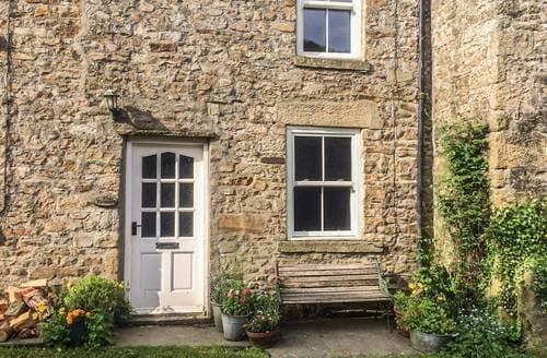 Last Minute Cottages - The Curlews