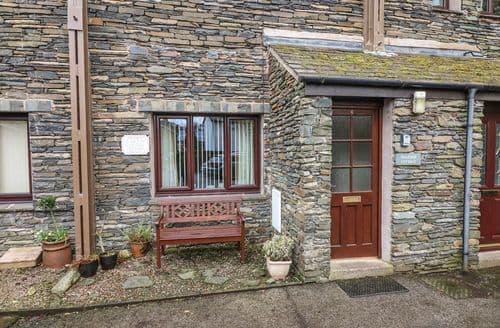 Last Minute Cottages - Beautiful Ambleside Cottage S89817