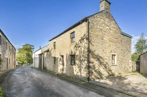 Last Minute Cottages - Ellwood House