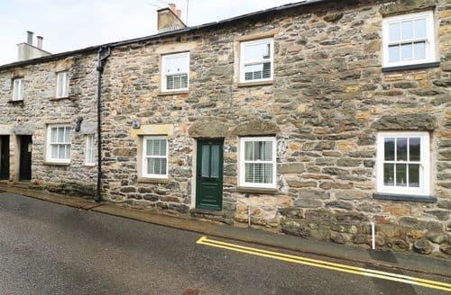Last Minute Cottages - Sheep Fold Cottage