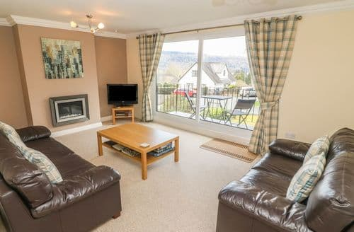 Last Minute Cottages - Luxury Bowness Cottage S89857