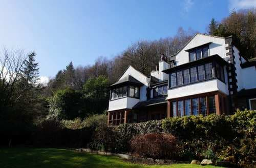 Last Minute Cottages - Ladstock Hall