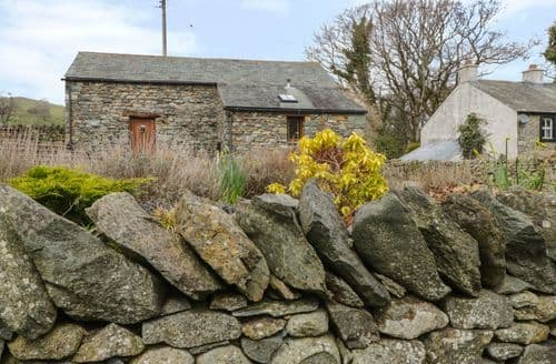 Last Minute Cottages - Hilltoft Barn
