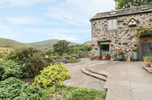 Last Minute Cottages - Swallowdale