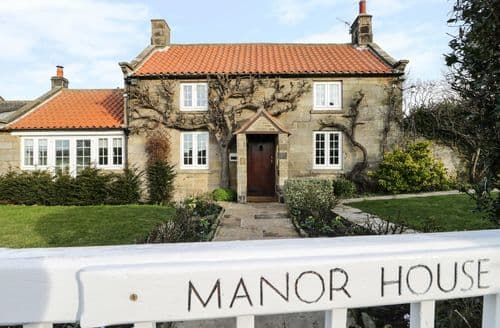Dog Friendly Cottages - Manor House