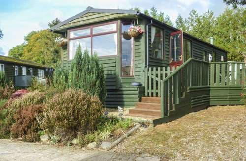 Last Minute Cottages - Luxury Gwystre Cottage S89704