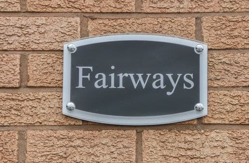 Last Minute Cottages - Fairways