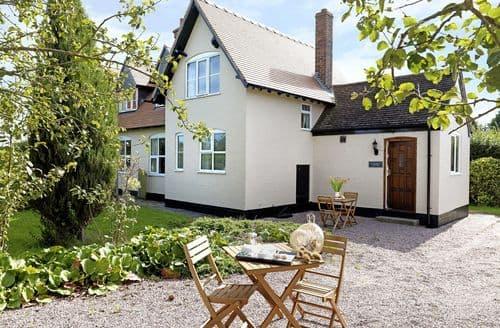 Last Minute Cottages - Luxury Wem Cottage S95119