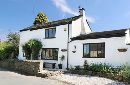 Last Minute Cottages - Excellent Clayton West Cottage S94021
