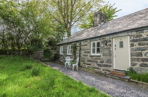Last Minute Cottages - Gorgeous Ysbyty Ifan Cottage S98831
