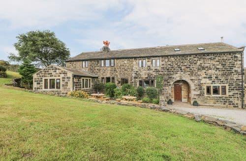 Big Cottages - Tasteful Colden Cottage S114234