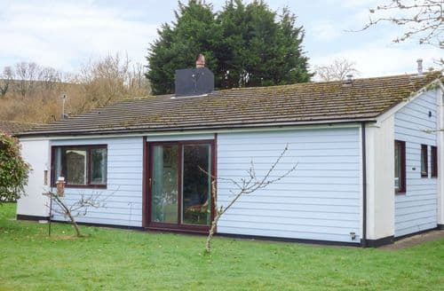 Last Minute Cottages - Inviting Landrake Cottage S94284