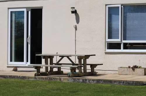 Last Minute Cottages - Wonderful Bude Cottage S97721