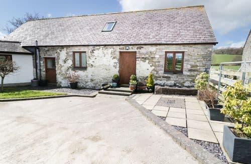 Last Minute Cottages - Luxury  Cottage S97112