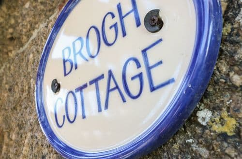Last Minute Cottages - Brogh Cottage, Sennen